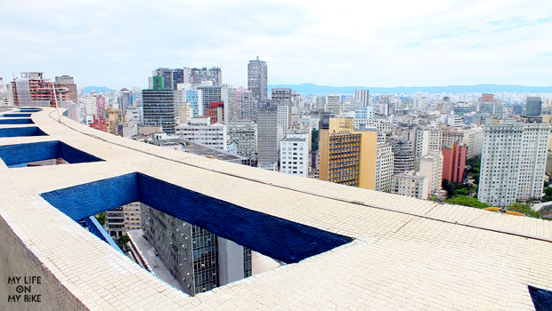 On the top of the building Planalto by Artacho Jurado